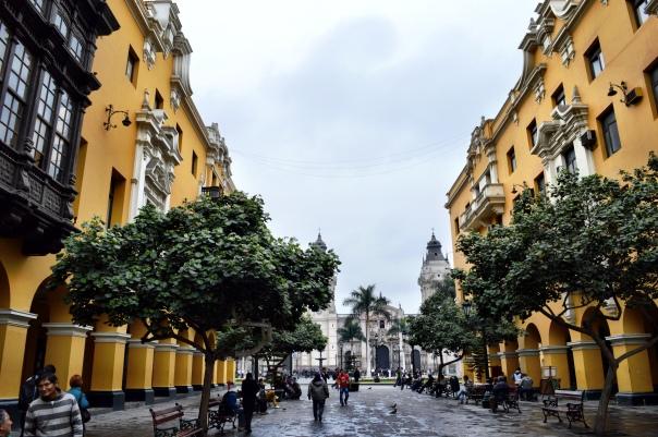 Plaza de Armas ao fundo